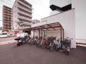 メゾンノーブル 名古屋市_リノベーション 自転車置場